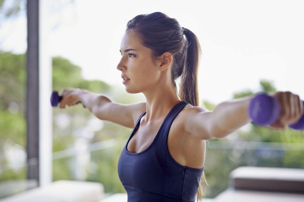 Cvičení po zvětšení prsou implantáty